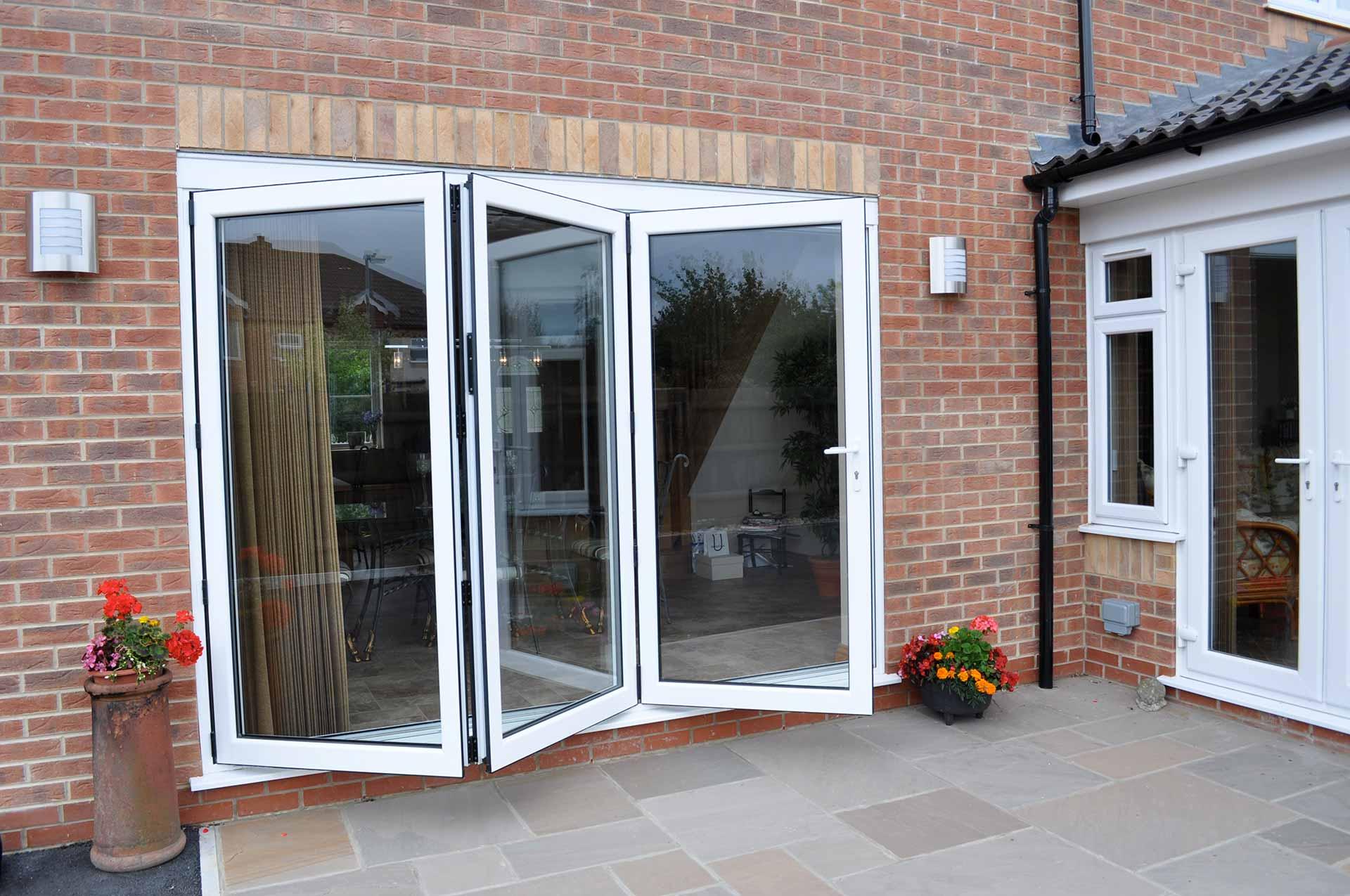 aluminium bi-folding doors croydon